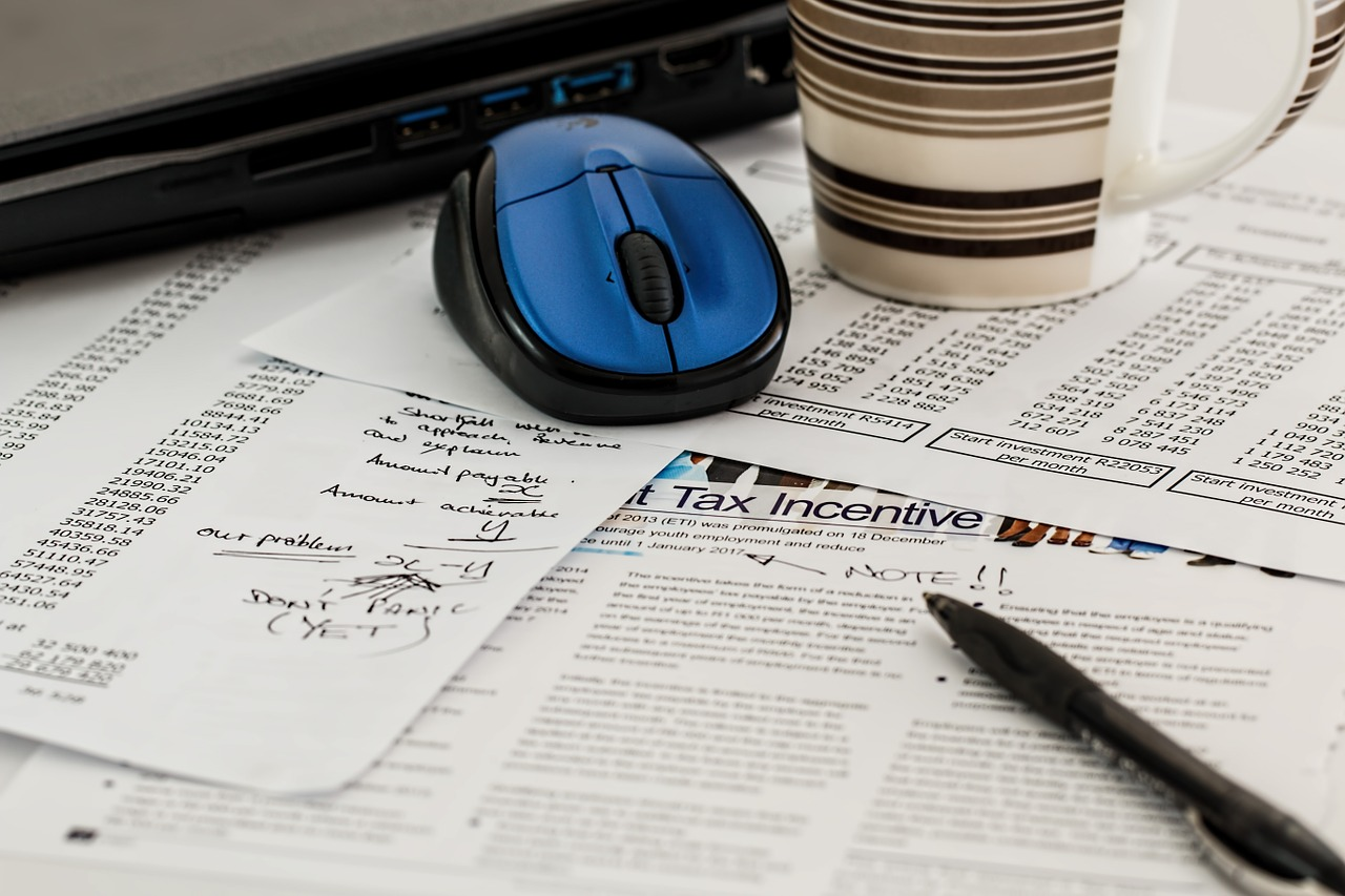 Filling out cluttered tax forms